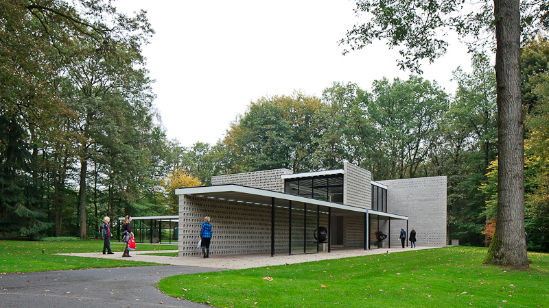 Rietveld Pavillion at the Kröller-Müller sculpture garden, Otterlo, the Netherlands